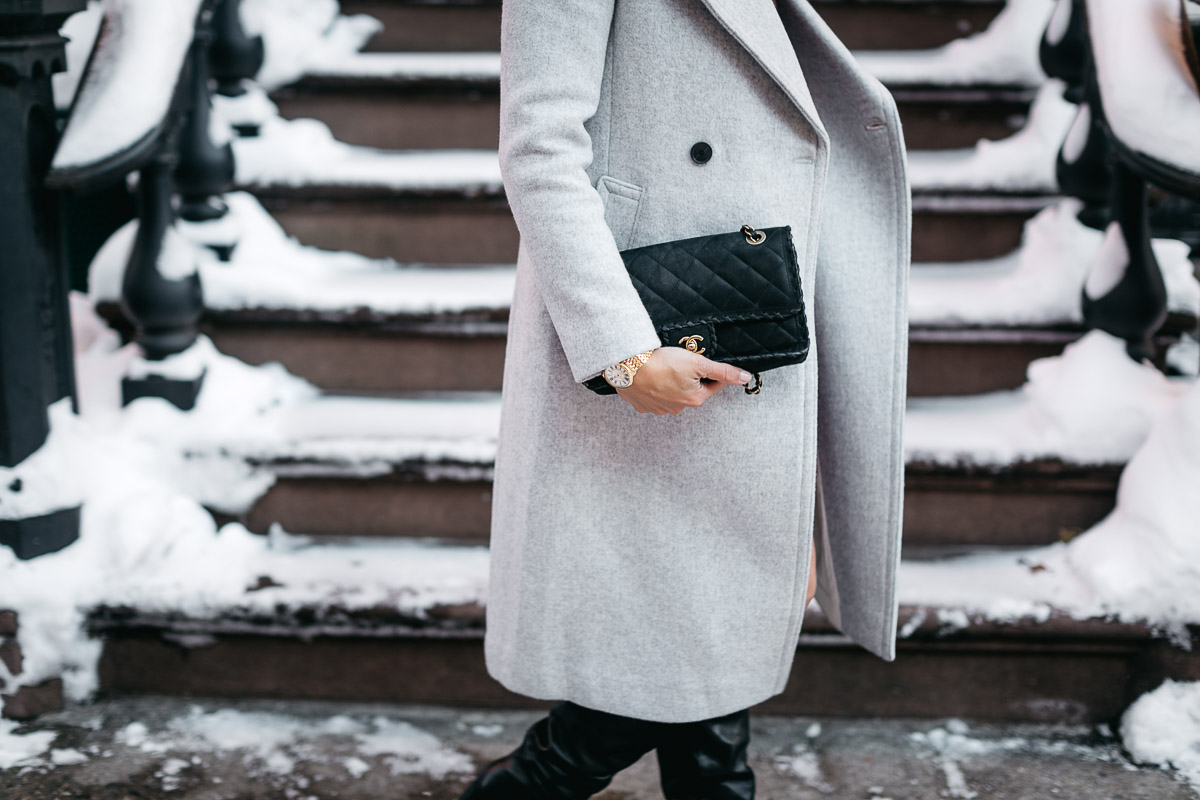 Classic Chanel black fashion bag is worn by fashion blogger Amanda from A Glam Lifestyle blog
