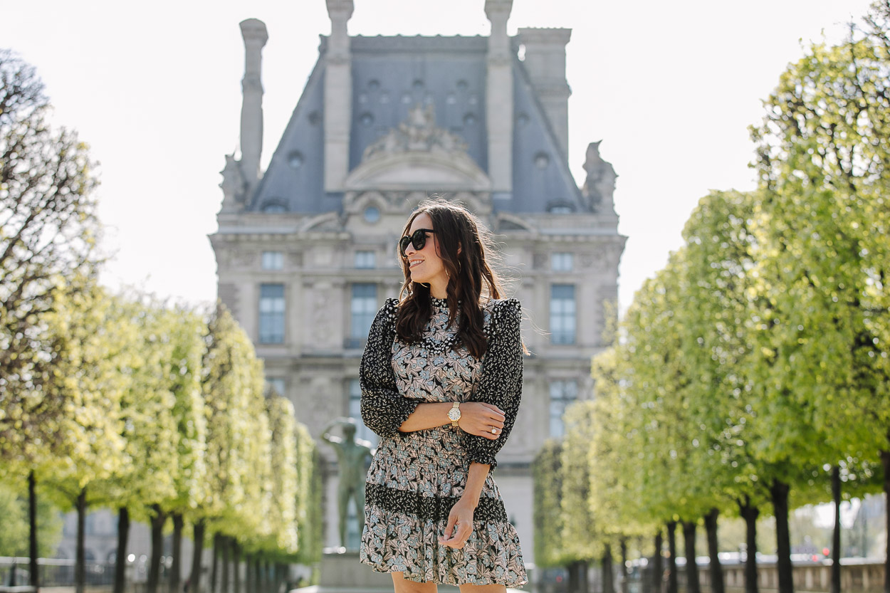 Great fashion blog photos at the Tuileries Garden in Paris by Amanda of A Glam Lifestyle blog wearing silk floral dress