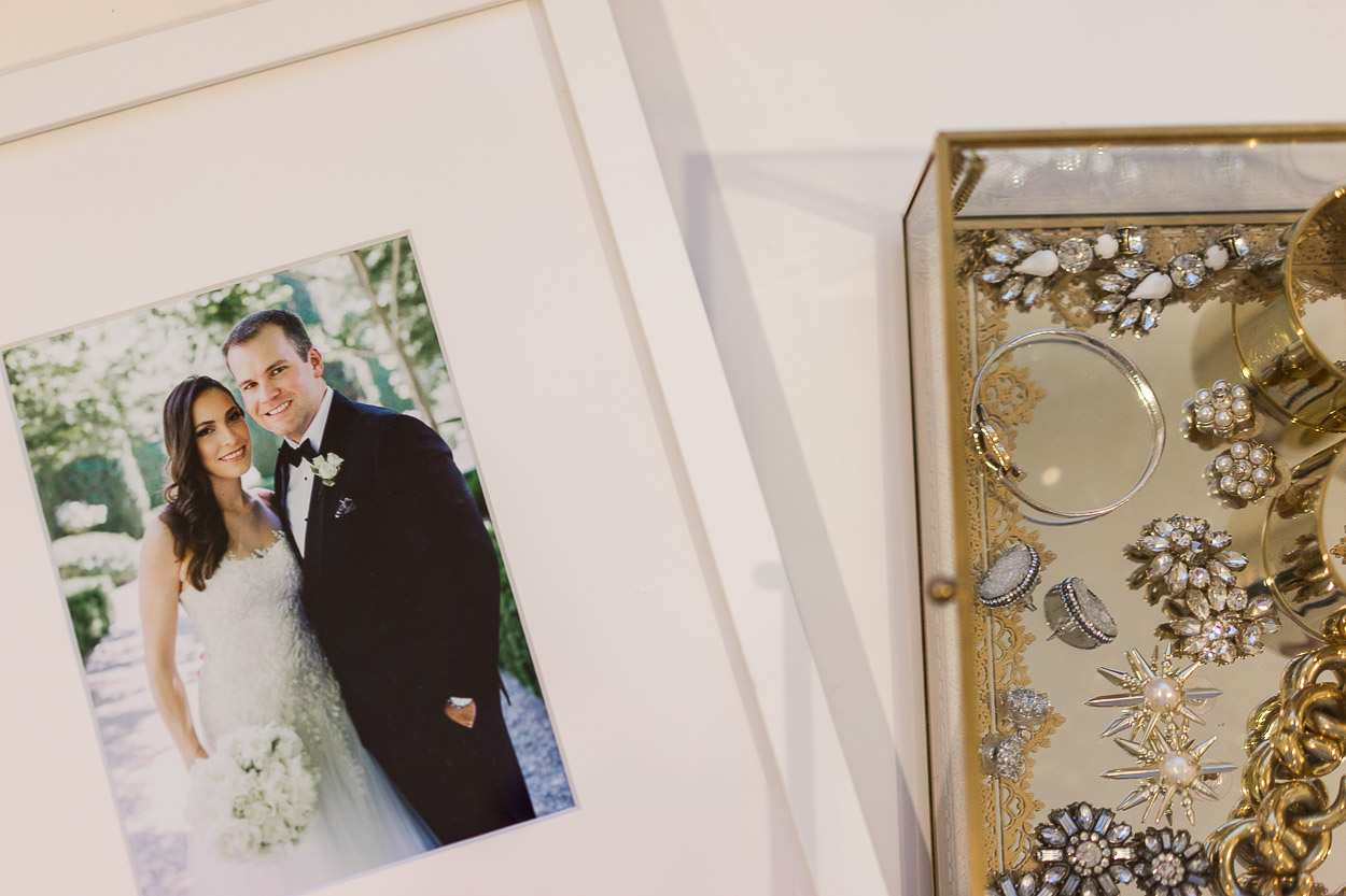 The Framebridge wedding collection includes a 5x7 simple white frame called The Chloe as styled by Amanda of A Glam Lifestyle blog