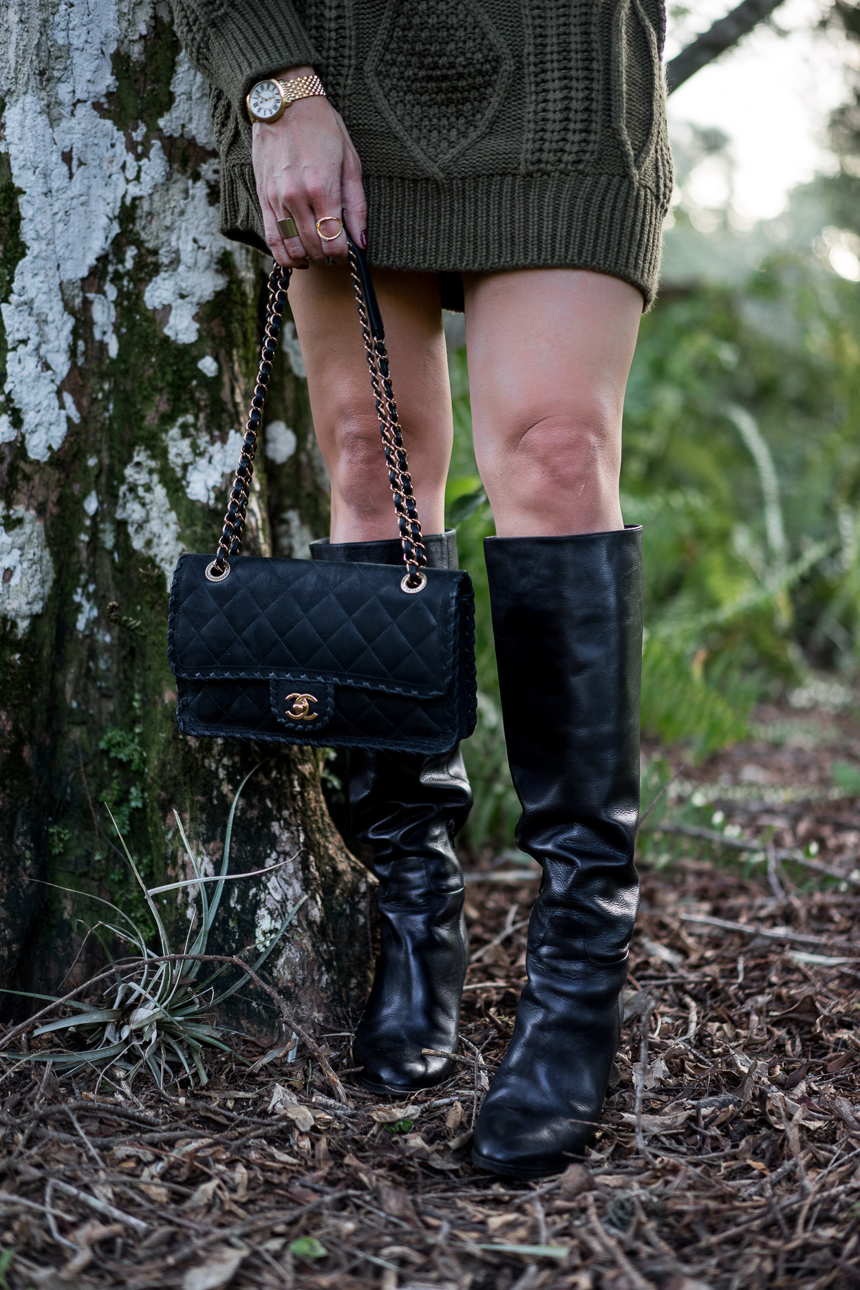 Pair M Gemi Pendolo boots with a classic Chanel bag for Fall a la AGlamLifestyle South Florida blogger