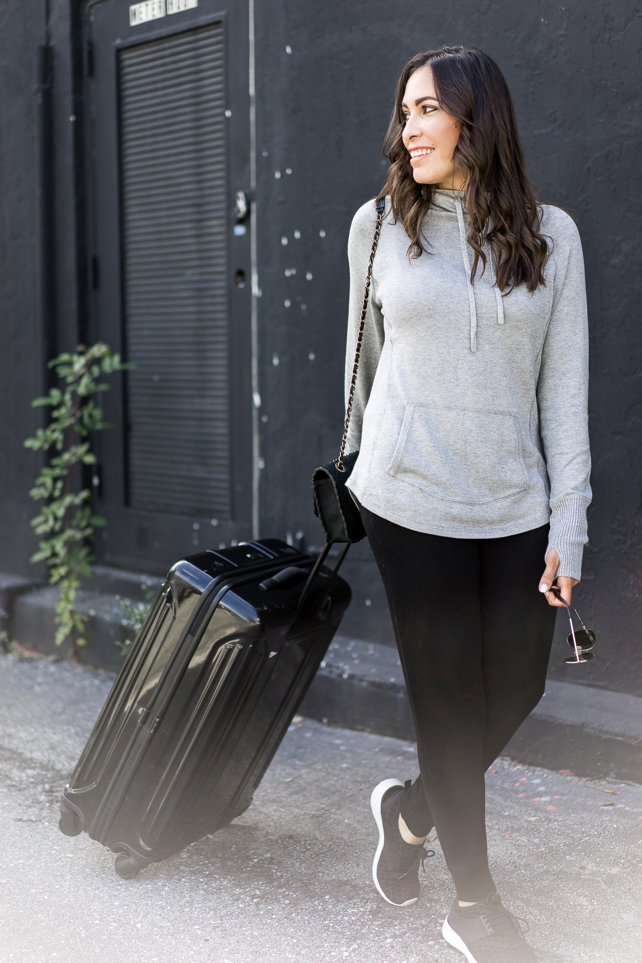 Essential travel style with Leimere cashmere joggers and cashmere hoodie by A Glam Lifestyle blogger Amanda