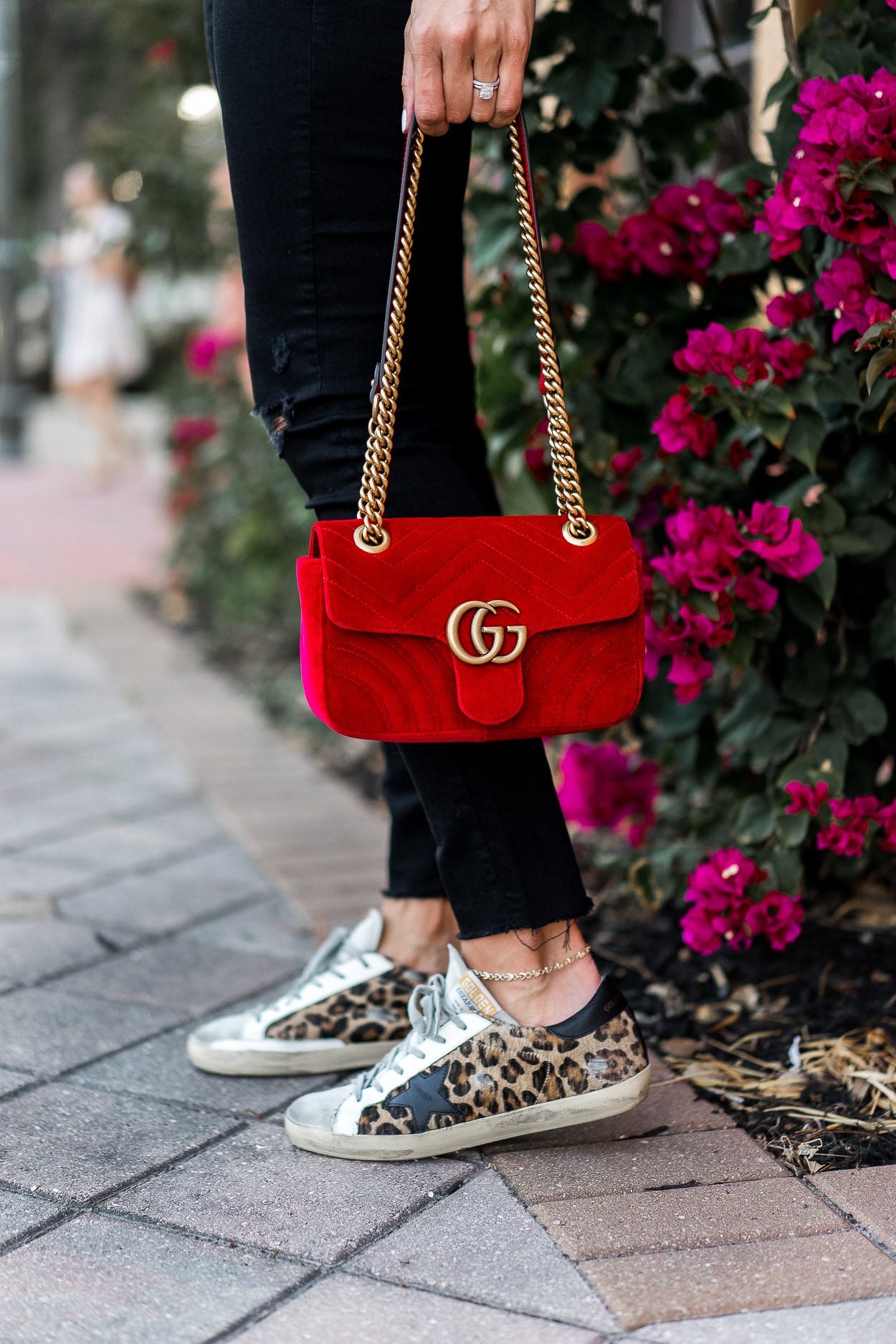 233ba0ae7d47 puffy-shirt-statement-sleeves-cece-puffed-shoulder-top-red-velvet-gucci- marmont-bag-golden-goose-leopard-sneakers-aglamlifestyle-10